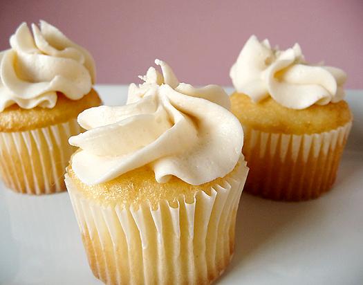 vanilla butter cupcakes