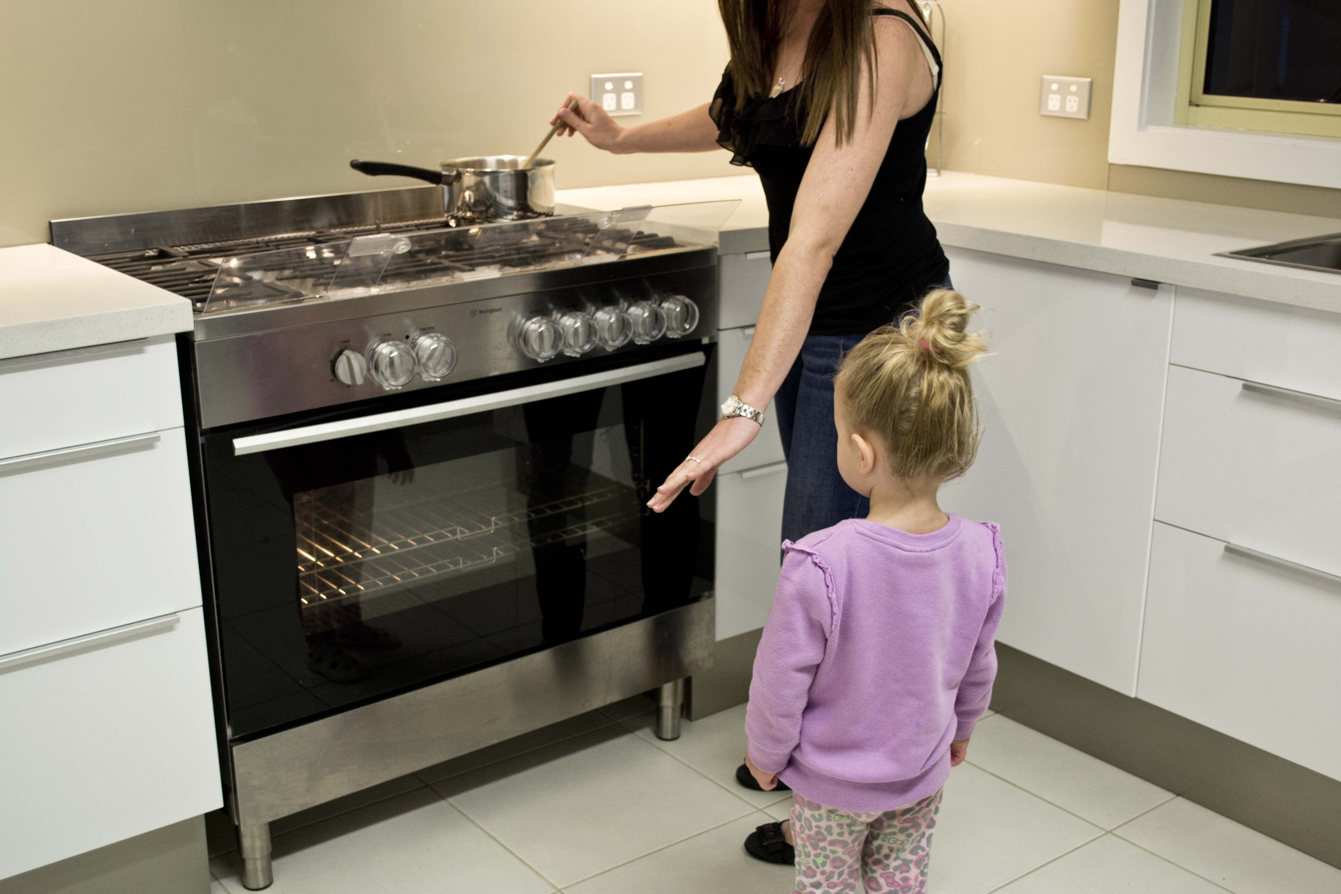 Our Top 10 Tips For Safety In The Kitchen