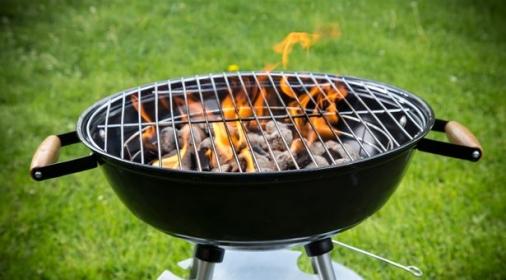 BBQ grill lit up