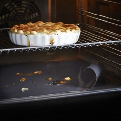 How to Use an Oven Liner to Keep Your Oven Clean | Ovenclean