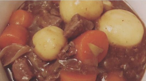 Stew with beef, potato and carrots.